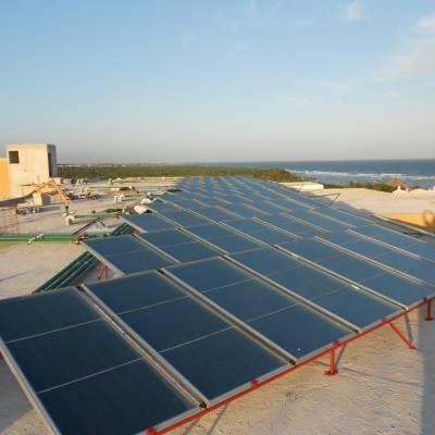 Instalación de calentadores solares Sunway en Hotel Playa del Carmen